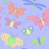 Безшовная текстура с бабочками. Стоковые Изображения