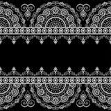 Безшовные элементы границы картины с цветками и линиями шнурка Стоковое Изображение RF