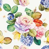 Безшовный цветочный узор с цветками гортензии и красивыми розами Бесплатная Иллюстрация
