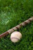 бейсбольная бита шарика Стоковое фото RF