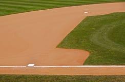 бейсбол основывает внутреннее поле травы грязи стоковые изображения