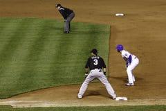 Бейсбол - принимающ руководство сперва стоковое фото