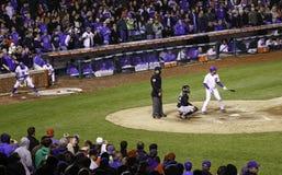 Бейсбол - стоя вентиляторы, игроки, превидение Стоковая Фотография