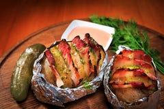 бекон испек картошку Стоковые Фото