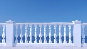 Белая декоративная загородка сделанная из бетона на портовом районе моря, взгляда крупного плана сток-видео