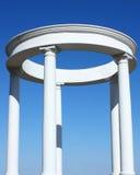 Белая колоннада стоковое фото rf