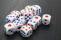 Белая кость для играя в азартные игры игры Стоковые Фото
