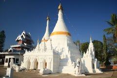 Белая пагода в Mae Hong Son Стоковое Изображение RF