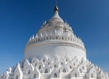 Белая пагода Mya Thein Дэн Hsinbyume Стоковое Фото