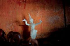 Белая тайская кукла фольклорного танцора Стоковые Фото