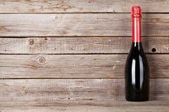 белизна бутылки изолированная шампанским стоковые фото
