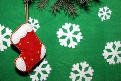 белизна вектора носка иллюстрации подарка рождества красная Стоковое фото RF