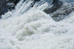 белизна воды rapids предпосылки Стоковые Изображения
