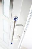 белизна входа двери детали самомоднейшая новая Стоковая Фотография