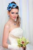 белизна голубого состава платья невесты нося Стоковые Изображения