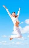 белизна девушки скача Стоковое Изображение RF