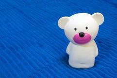 белизна игрушки медведя Стоковое Изображение
