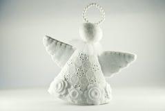 белизна изолированная ангелом Стоковое Фото