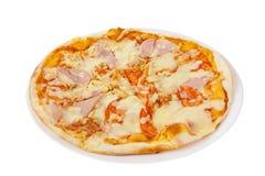 Белизна изолированная пиццей Стоковые Фотографии RF