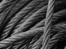 белизна кабелей с черной пропиткой стальная Стоковое Изображение RF