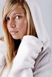 белизна клобука девушки Стоковое фото RF