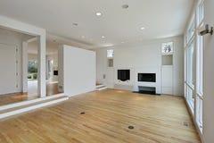 белизна комнаты семьи cabinetry Стоковое Изображение RF