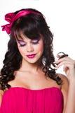 белизна красивейшей девушки розовая нося Стоковая Фотография RF
