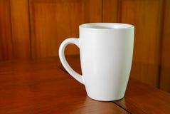 белизна кружки кофе Стоковые Фото