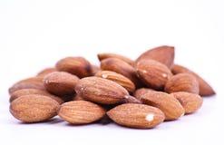 белизна миндалины изолированная предпосылкой nuts Стоковые Фото