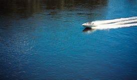 белизна моря шлюпки Стоковое Изображение RF