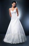 белизна ожерелья невесты платья Стоковые Фото