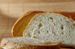 белизна отрезанная хлебом стоковое фото rf