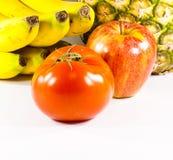 белизна первого томата плодоовощей плоского varied стоковые фото