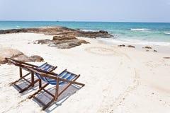белизна песка стула пляжа Стоковое Изображение
