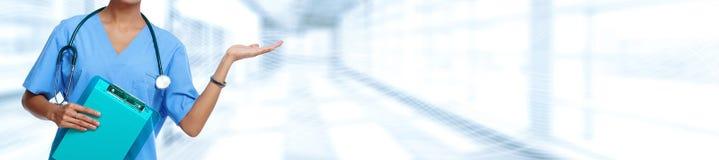 белизна стетоскопа предпосылки изолированная доктором медицинская излишек Стоковое Изображение RF