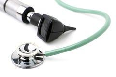 белизна стетоскопа otoscope предпосылки Стоковые Изображения