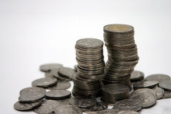 белизна стога монетки предпосылки Стоковое Изображение
