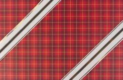 белизна тесемки подарка бумажная красная Стоковые Изображения RF