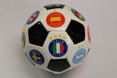 белизна футбола предпосылки изолированная шариком Красивый шарик поклонников футбола Стоковое Изображение RF
