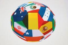 белизна футбола шарика предпосылки Красивый шарик поклонников футбола Стоковые Изображения