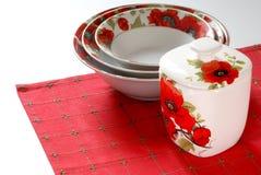 белизна dishware красная Стоковые Фотографии RF