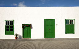 белизна lanzarote зеленой дома Стоковое Изображение RF