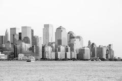 белизна manhattan черноты городская стоковые изображения
