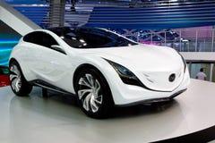 белизна mazda принципиальной схемы автомобиля Стоковая Фотография RF