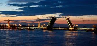 белизна st petersburg России ночи Стоковое Изображение RF