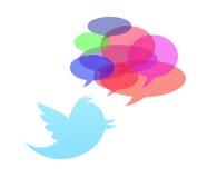 белизна twitter предпосылки изолированная птицей Стоковое Изображение