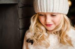 белокурая девушка меньший портрет семья принципиальной схемы счастливая Стоковые Изображения