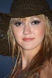 белокурая женщина портрета шлема Стоковое Изображение