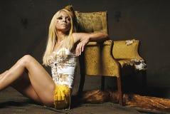 белокурая сексуальная женщина Стоковая Фотография RF