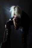 белокурой девушки ботинок готские гитары детеныши высоко Стоковые Фото